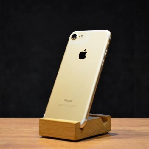 б/у iPhone 7 32GB (Gold)