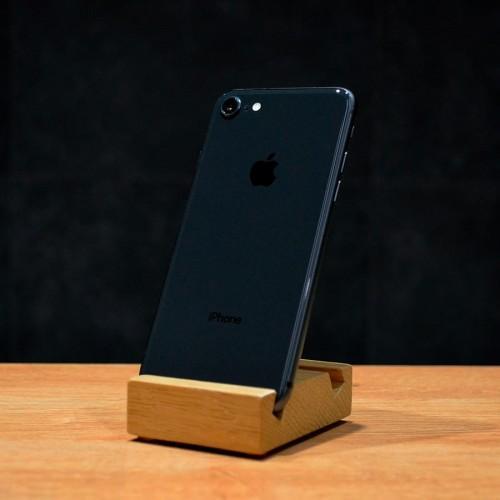 б/у iPhone 8 64GB (Space Gray)