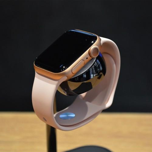 б/у Apple Watch Series 4, 40мм (Gold)